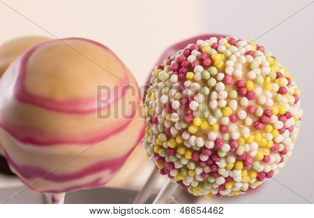 Cakepops With Sprinkles