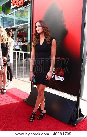 LOS ANGELES - JUN 11:  Kelly Overton arrives at the