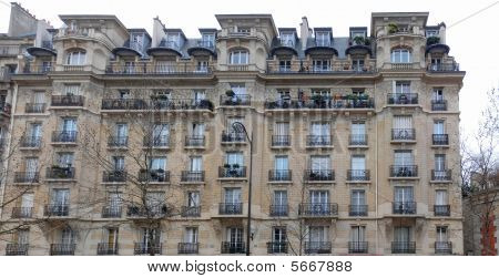 Paris Architecture - Reuilly building