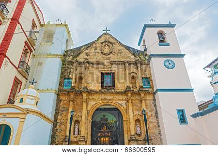 Entrance to La Iglesia de la Merced church is Located at the corner of Avenida Central and Calle 9 in Panama city. This church dates back to 1680. poster