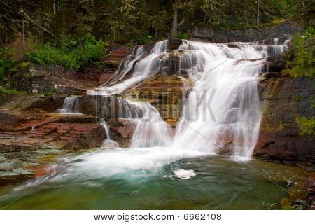 Lower Viginia Falls