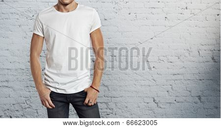 man wearing white t-shirt