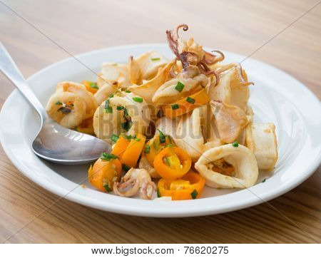 Fried Squid With Chili Pepper