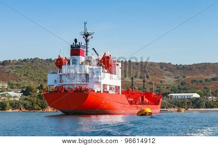 Red Liquefied Petroleum Gas Lpg Tanker