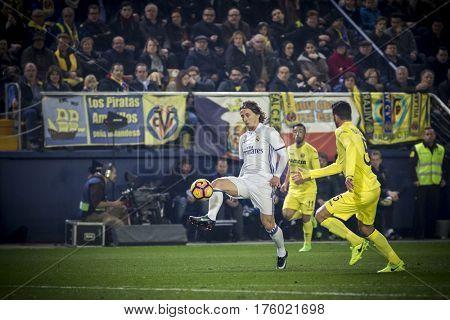 VILLARREAL, SPAIN - FEBRUARY 26: Luka Modric with ball during La Liga match between Villarreal CF and Real Madrid at Estadio de la Ceramica on February 26, 2017 in Villarreal, Spain