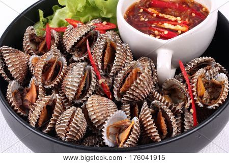 Soft-boiled Blood Cockles Shell  Served With Spicy Sauce.