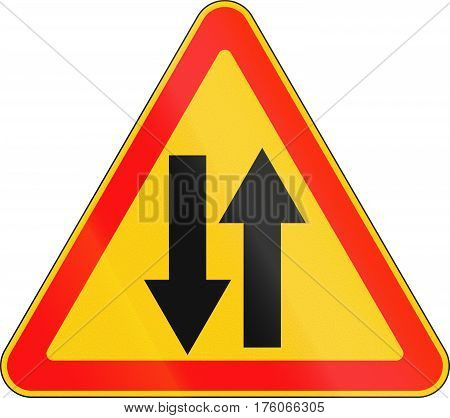 Warning Road Sign Used In Belarus - Opposing Traffic