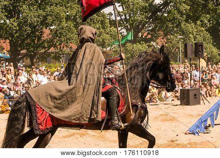 Wadkoping Orebro Sweden Juli 2016 Mediaval Fair With Market And Nights Reenactment