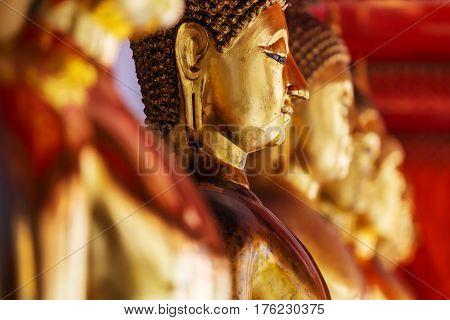 Buddhas statue