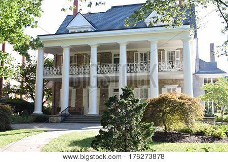 Executive mansion, Penn State, Old Main, summer, library, pillars