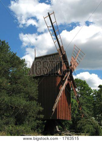 Skansen_Windmill_1