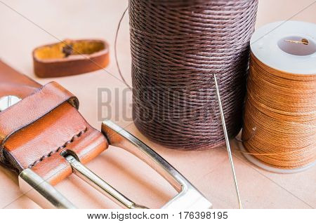 Thread needle and belt  for leather craft