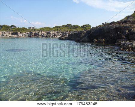 En la playa de Cala Agulla, hermoso dia
