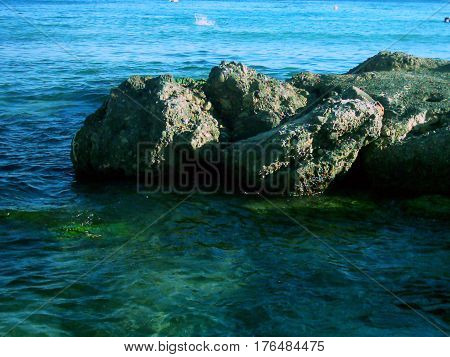 Cuando termina el mar y vienen las rocas