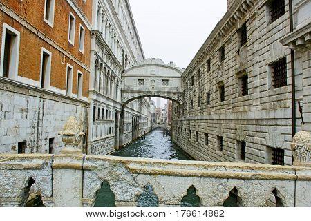 Ponte dei Sospiri di Venezia - Italia