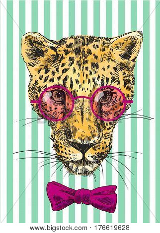Vector hand-drawn illustration leopard. Sketch style. Drawing by hand. Good for print for t-shirt, card, invitations.