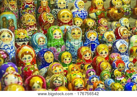 Souvenirs at the Christmas Fair. Matryoshka on the counter.