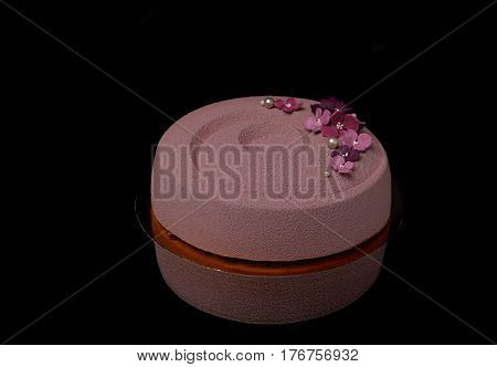 Pink Round Mousse Cake With Flowers