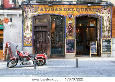 People Visit Typical Spanish Restaurants In Madrid