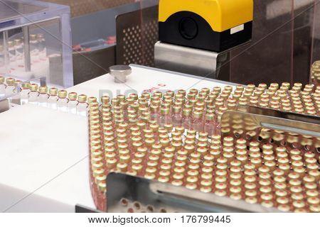 Insulin Production Line. Industrial Release Of Insulin In Cartridges. Insulin Cartridge For Diabetic