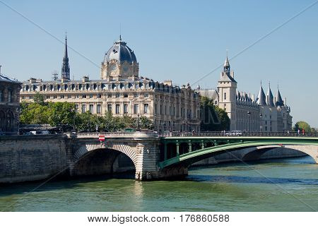 Paris, France - September 24, 2013: Beautiful View On Wonderful Bridge On The Buildings And Sky Back