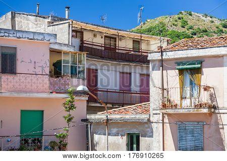 Urban House In Francavilla Di Sicilia Town