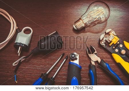 The Most Essential Set Of Tools For Repairs Electricians