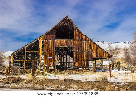 Rustic Open Air Barn With Loft In Wintertime