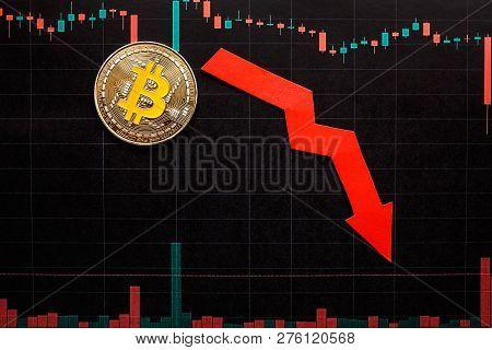 Unprofitable Investment Of Depreciation Of Virtual Money Bitcoin. Green Red Arrow, Silver Bitcoin An