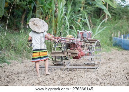 Child Labor, Children Are Forced To Work, Violence Children And Human Trafficking Concept, Anti-chil