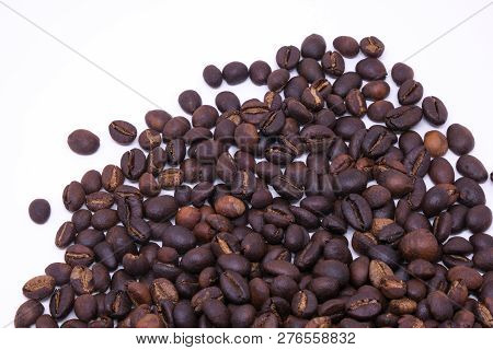Coffee Beans Background Texture With Copy Space For Text. Royalty High-quality Free Stock Macro Phot