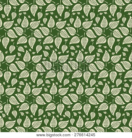 Vector Green And Cream Abstract Leaves In Circular Design As Seamless Pattern Background In Ornament