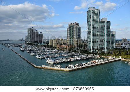 Miami Beach Florida Waterfront Scenery And Boat Marina