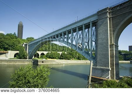 Bronx, Ny / Usa - July 12, 2020: The High Bridge (originally The Aqueduct Bridge) Is The Oldest Brid