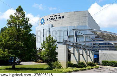 Virginia Beach, U.s.a - June 30, 2020 - The Virginia Aquarium And Marine Science Center During The D