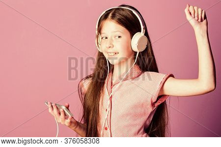 Dancing. Girl Listen To Music. Audio Book. Back To School. Child Study Online. E Learning With Ebook