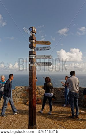 Cape Town, South-africa, Nov, 13, 2015:cities Signpost Distance Pole. Cape Of Good Hope, With Touris
