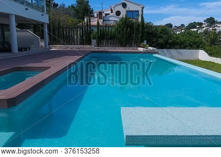 A Small House With A Swimming Pool On The Shores Of The Mediterranean Sea. Accommodation In Spain.