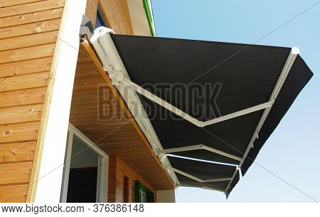 Outdoor High Quality Automatic Sliding Canopy Retractable Roof System, Patio Awning For Sunshade Of
