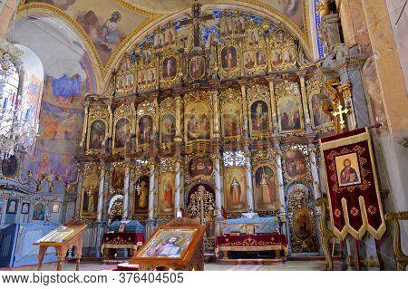 Fruska Gora / Serbia - March 24, 2019: Iconostasis In The Vrdnik-ravanica Monastery, Serbian Orthodo