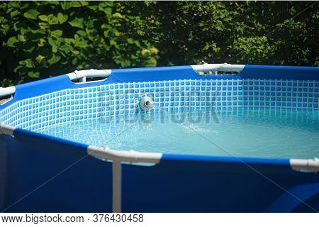 Home Swimming Pool With Filtration System For Clean Water