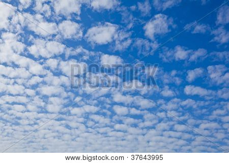 The Blue Sky And White Cloud