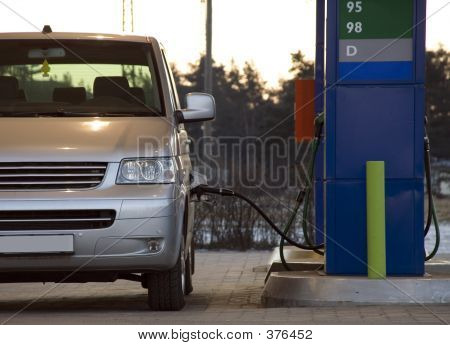 Tanking Fuel