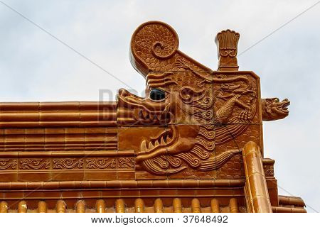 Chinese Temple Roof With Dragon Head
