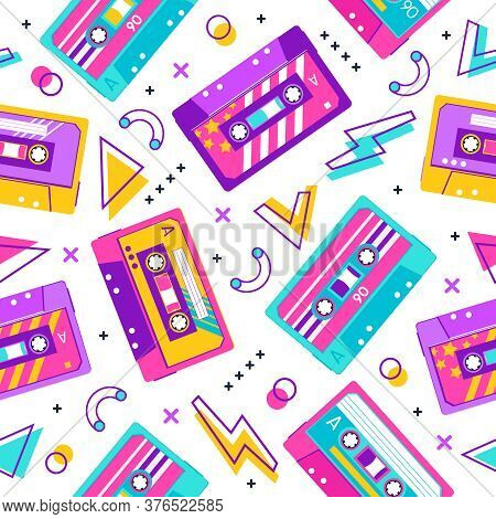 Retro Cassette Pattern. Seamless Vintage Memphis 90s Party Pattern, Music Audio Cassette, Analogue 8