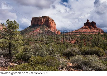 Courthouse Butte And Bell Rock Are Within The Coconino National Forest, Arizona.\\\\nhiking Trails A