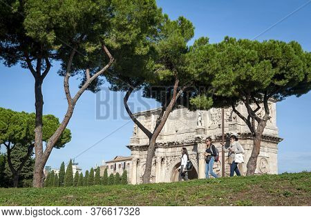 Rome, Italy - October 2019: The Arch Of Constantine, A Triumphal Arch In Rome, Situated Between The