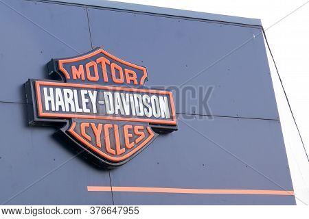 Bordeaux , Aquitaine / France - 07 07 2020 : Harley Davidson Logo Sign Shop Retailer Facade Of Motor