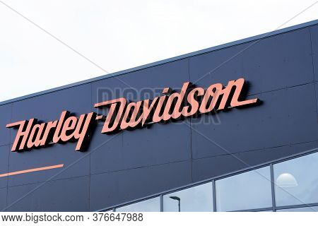 Bordeaux , Aquitaine / France - 07 07 2020 : Harley Davidson Logo Text Sign Motorcycle Retailer Faca