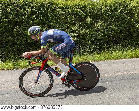 Bourgoin-jallieu, France - 07, May, 2017: The Belgian Cyclist Pieter Vanspeybrouck Of Wanty-groupe G